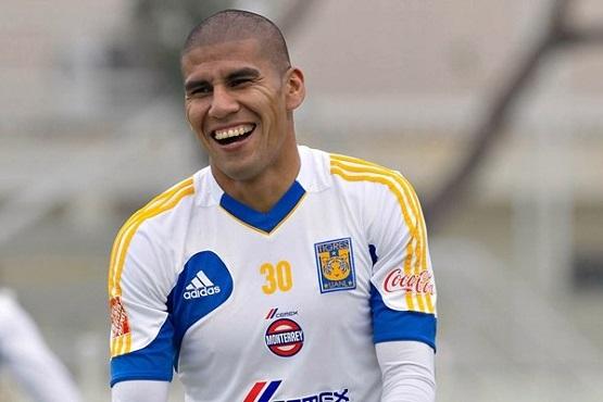 Celebró Carlos Salcido Seriedad del 'Tuca' en Copa MX