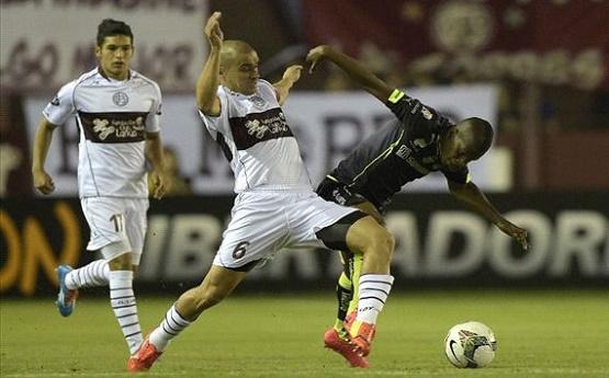 Lanús se lo dio vuelta a Santos Laguna y le ganó 2 a 1