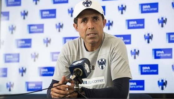 Por Dignidad hay que Vencer a Chivas: Carlos Barra