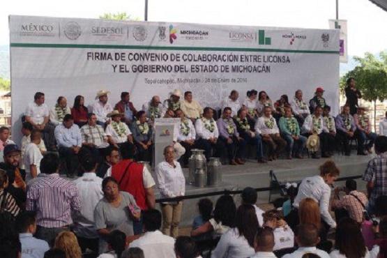 Llama Silvano a Fortalecer el Tejido Social en Michoacán