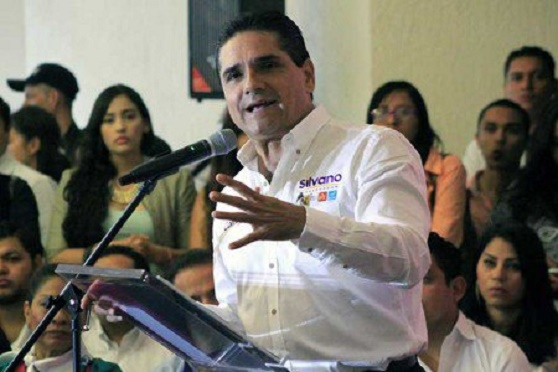 "Acusa Silvano al PRI de Soltar a sus ""Mapaches"""