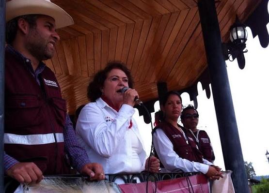 María de la Luz Cierra Campaña Este Lunes en Morelia; AMLO, Presente