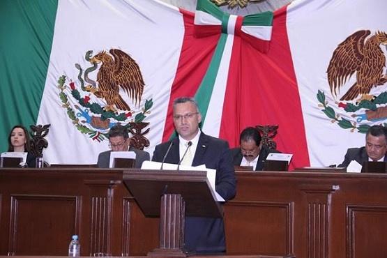 Presenta Diputado Iniciativa Para Regular Prestación de Servicios Profesionales en la Valuación