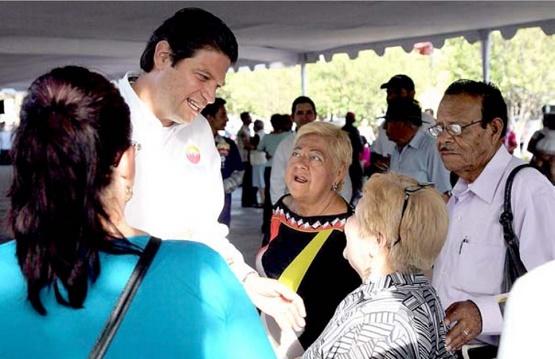 Adultos Mayores Otorgan su Confianza a Alfonso Martínez Para Llegar a la Presidencia Municipal