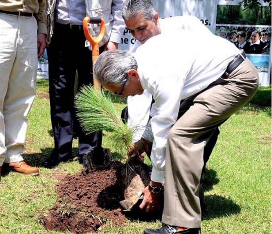 El Ejemplo, Baluarte Para el Cambio de Cultura en la Protección al Medio Ambiente: Salvador Jara Guerrero