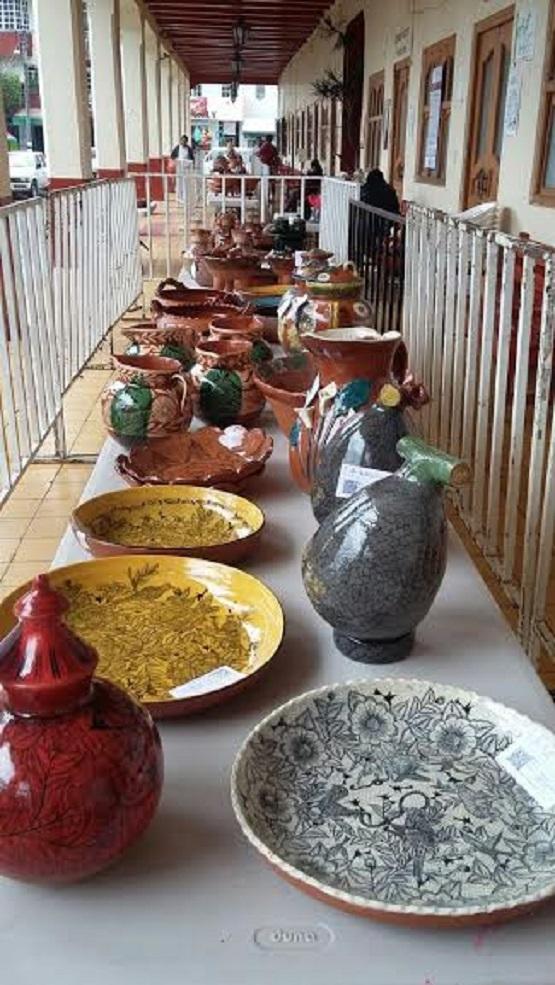 Chilchota Destaca su Labor Artesanal en Alfarería