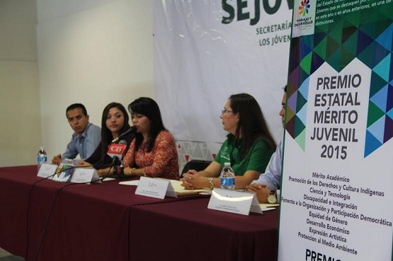 Presentan Convocatoria del Premio al Mérito Juvenil 2015