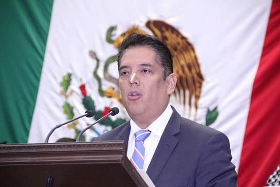 Celebra Rigel Macías Implementación de Sistema de Notificaciones vía Electrónica por Parte del Poder Judicial