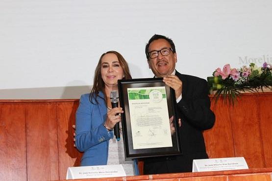 Laboratorio Estatal de Salud Pública, Entre los Mejores del País: Aranza Doniz