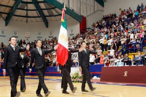 Con Redobles Egresan 600 Jóvenes del Nivel Medio Superior en Morelia