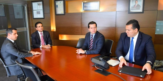 Analiza Silvano Aureoles con Funcionarios Federales Situación del Estado en Materia de Salud y Vivienda