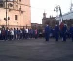 Reciben Documentación Oficial 500 Alumnos de la Juan Ortiz Murillo que Tomaron Clases en la Plaza