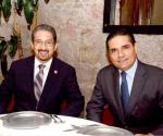 Dialoga el Gobernador Electo, Silvano Aureoles, con el Rector de la Máxima Casa de Estudios de Michoacán
