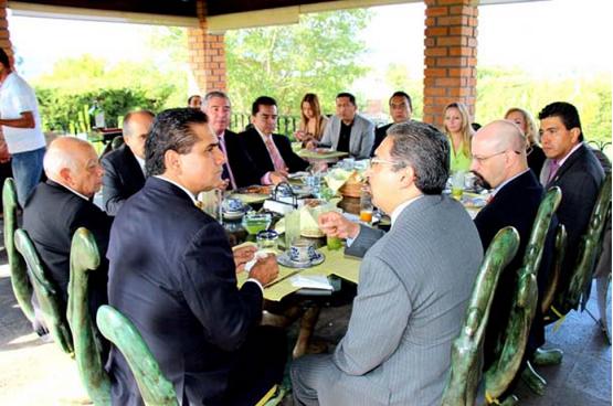 Las Principales Universidades de Michoacán e Integrantes del Consejo Interreligioso Coinciden con Silvano Aureoles en una Agenda Común