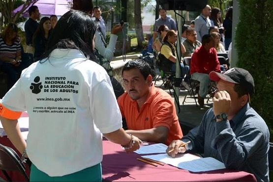 Se Suma Ayuntamiento de Morelia al Combate del Rezago Educativo