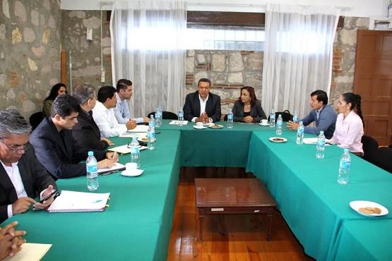 Diputados Locales Ultiman Detalles del Programa de Actividades en Honor al Siervo de la Nación