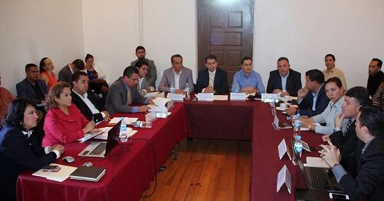 Diputados Locales Continúan con Análisis de Leyes de Ingresos Municipales
