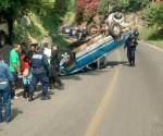 Vuelca Camioneta en Gabriel Zamora; hay 1 Lesionado