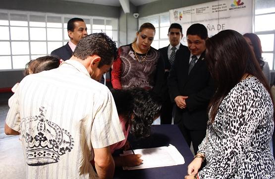 """Celebra Dirección del Registro Civil Matrimonios en el Cereso """"Lic. David Franco Rodríguez"""""""