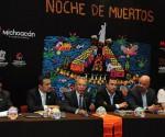 """Invita Gobernador a Michoacanos a Vivir """"la Tradición de Noche de Muertos"""""""