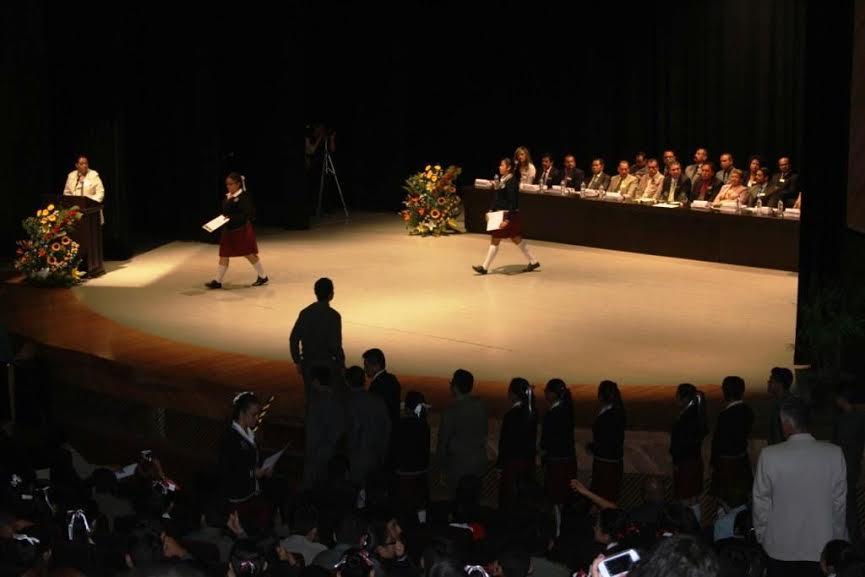 Educación, Necesaria Para el Desarrollo: Díaz Mora