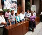 Se Benefician 165 Artesanos con la Entrega de Créditos en la Región Oriente