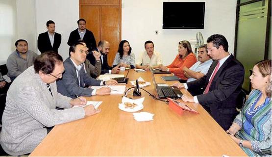 Revisa Comité de Recepción de Administración de Alfonso Martínez, Finanzas y DIF de la Capital Michoacana