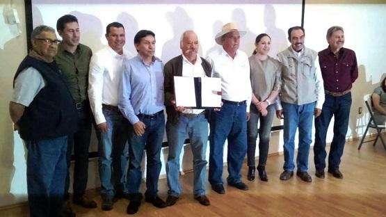 Entregan Certificado a Laboratorio de Análisis de Residuos Químicos de Tancítaro