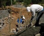 Construyen Captador de Agua en el Barrio de Santo Santiago
