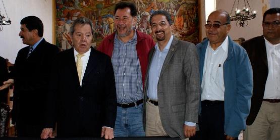 Homenajean en Pátzcuaro a Porfirio Muñoz Ledo