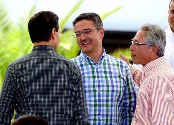 El Presidente Municipal Salvador Abud Acompañó al Presidente de la República