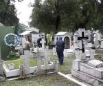 Fumigan Panteón Municipal Para Evitar Criaderos de Mosquitos