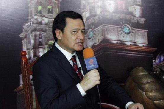 No se Permitirán Retenes de Grupos Armados en Michoacán: Osorio Chong