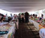 Ayuntamiento Impulsa el Desarrollo Económico de las Mujeres a Través de Bazar Navideño