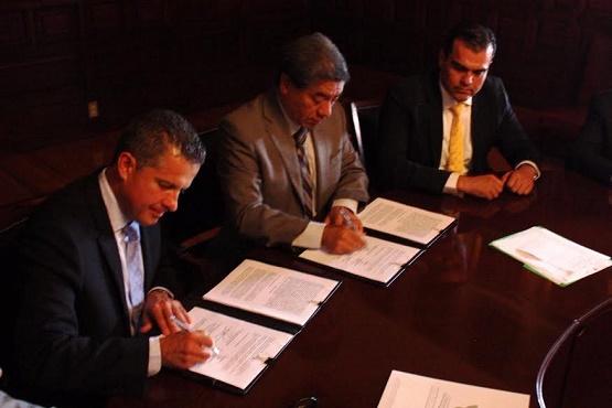 Firman Gobierno y Colegio de Notarios Convenio Para Reducir Costo de Testamentos