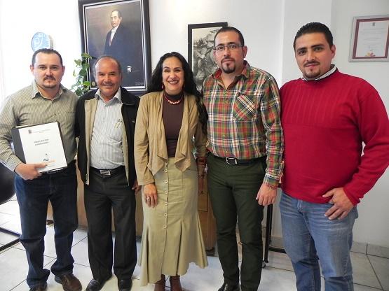 Estrechan Vínculo Ayuntamiento de Huandacareo y Dirección General del Cecytem a Favor de Estudiantes