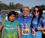 Apoyan Gobernador y Esposa al CREE en Carrera Atlética