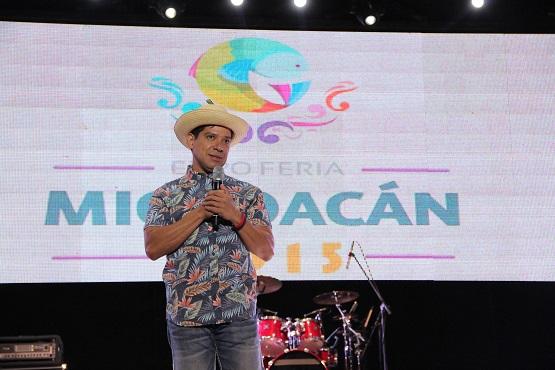 El Costeño: Risas y Aplausos en el Teatro del Pueblo de la Expo Feria Michoacán 2015