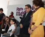 Entrega Presidenta del DIF Morelia Auxiliares Auditivos