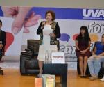 María de la Luz Comparte su Propuesta de Gobierno a Estudiantes de la UVAQ