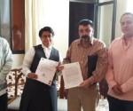 Notifican Autoridades al Ganador de la Presea SJNS en Zitácuaro
