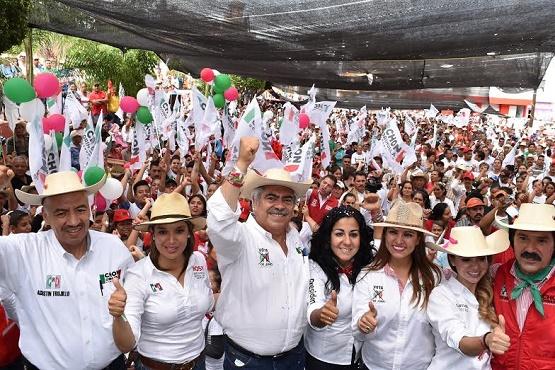 Chon Orihuela un Candidato Trabajador y Honorable: Agustín Trujillo.