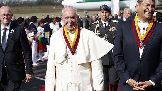 Llega el Papa a Quito