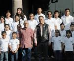 "Jara Convive con Iintegrantes de Orquesta Sinfónica Infantil y Juvenil ""Juchar Tzipikua"""