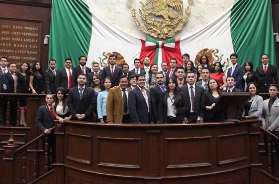 Solicita Parlamento Juvenil Continuidad a sus Propuestas
