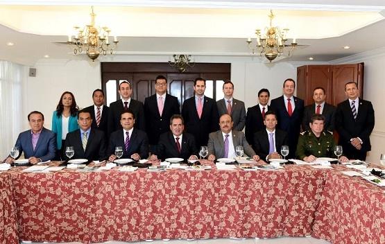 Silvano Aureoles Conoce las Claves del Éxito Regional y Nacional del Gobierno de Aguascalientes