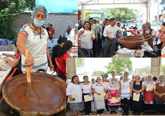 """Inauguró Salvador Abud la Feria """"Santa María de Todos los Moles"""""""