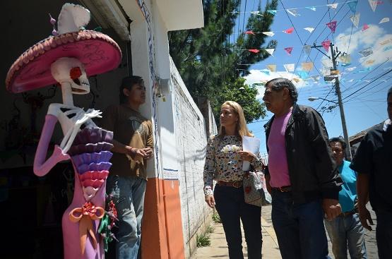Afina Ayuntamiento de Morelia Detalles de Feria Artesanal de la Catrina