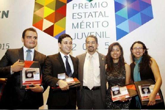 Cuatro Nicolaitas, Ganadores del Premio Estatal Mérito Juvenil 2015