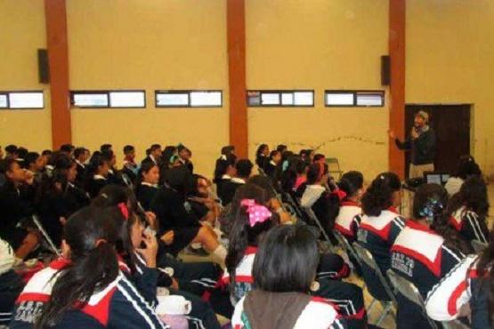 SEJOVEN y Federación Entregan Recursos Económicos a Jóvenes Emprendedores